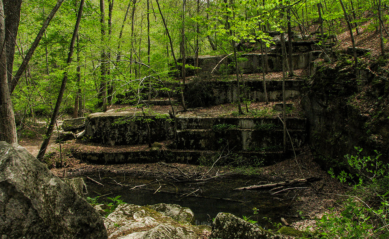Old State House Quarry in McCormick's Creek State Park. | Photo courtesy of David Orr, Creative Commons