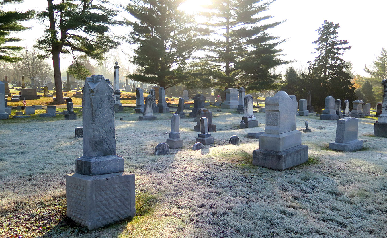 Rose Hill Cemetery.   Photo by Dason Anderson