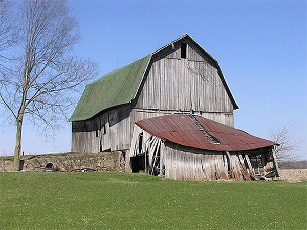 This Indiana barn is showing its years. | Courtesy of the Indiana Barn Foundation