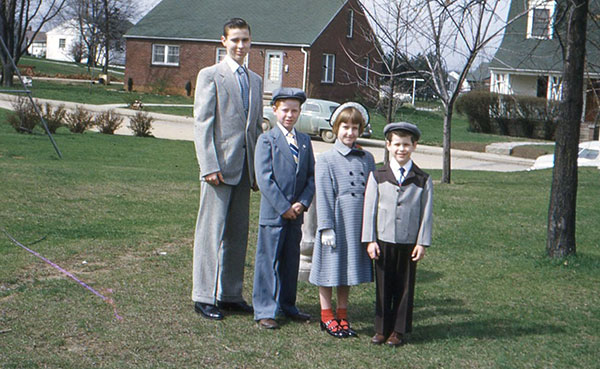 The Lockridge children, Easter 1952: (l-r) Ernest, Larry, Jeanne, and Ross III. | Photo courtesy of Ernest Lockridge