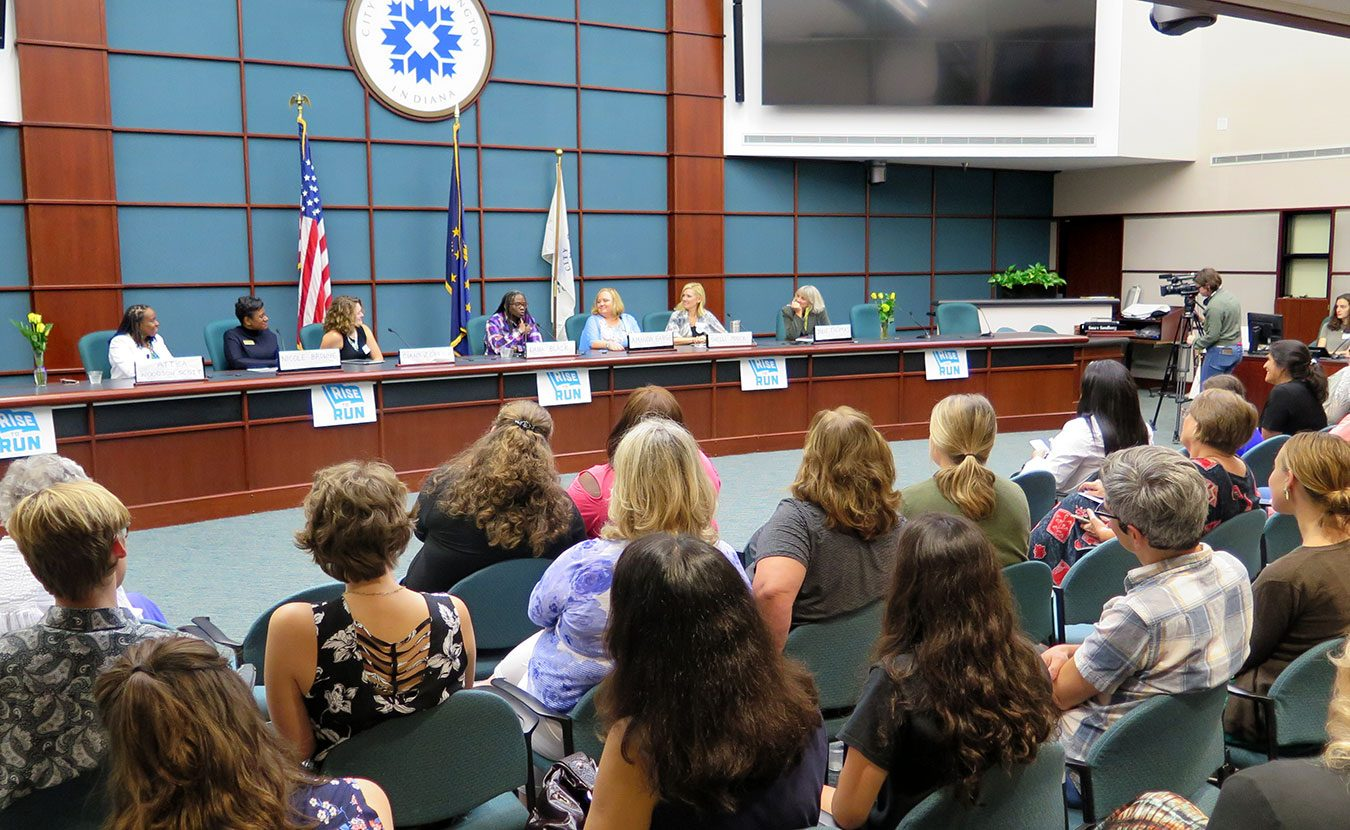 Rise to Run is a new grassroots movement whose goal is to mobilize young progressive women to run for office. The Bloomington hub of the organization hosted its kickoff event in the Council Chambers of Bloomington's City Hall on September 17. | Limestone Post