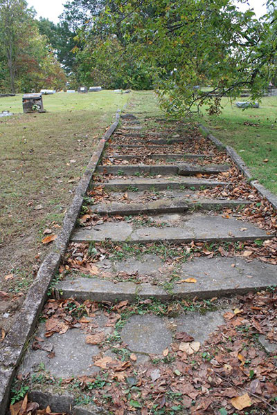 100 Step Cemetery in Cloverland, Indiana. | Photo by Grayson Pitts