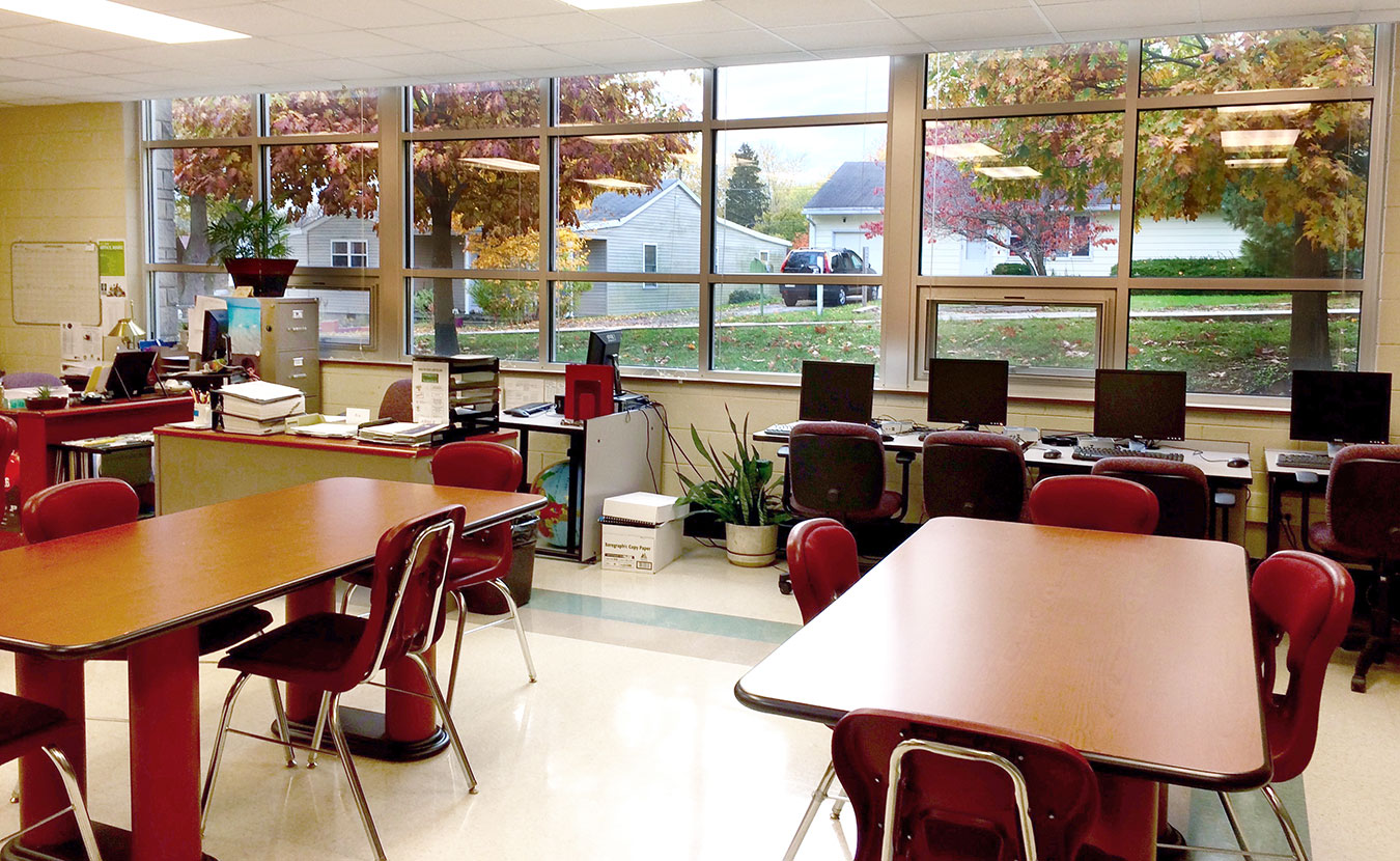 Classes at Monroe County Community School Corporation Adult Education at Broadview Learning Center offer a more traditional classroom setting, though a single teacher works with students in all subjects. | Photo by Michelle Gottschlich