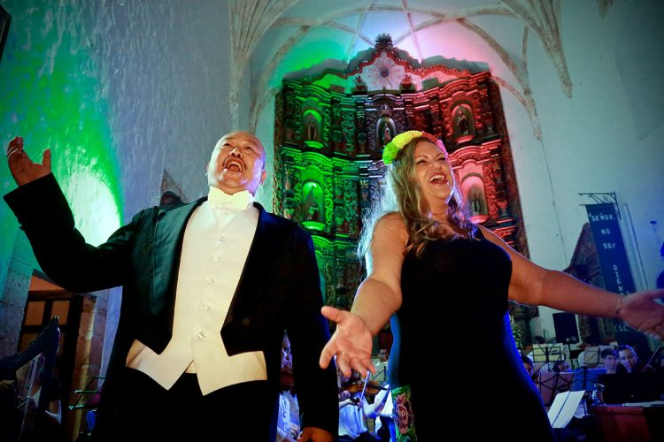 Tenor Simon Kyung Lee and soprano and founder of ÒperaMaya Mary Grogan sing a duet during the ÒperaMaya summer music festival.   Courtesy photo