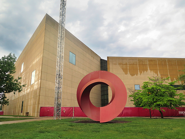 "The <a href=""https://artmuseum.indiana.edu/media-kits/Light%20Totem%20solar%20panel%20project.html"" target=""_blank"" rel=""noopener"">IU Eskenazi Museum of Art</a> is another campus building with solar panels. 