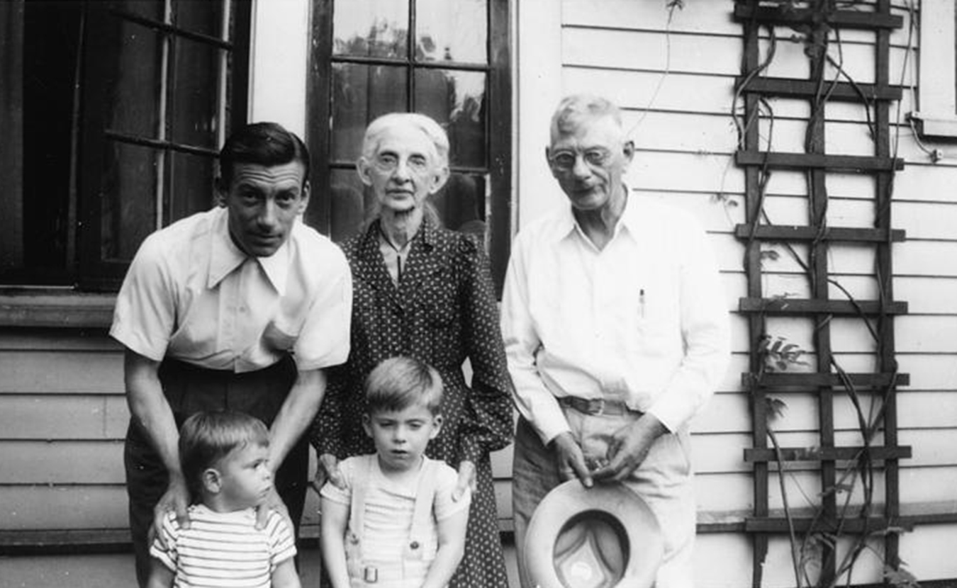 Hoagy Bix (front right) with his younger brother Randy and their father, Hoagy, and grandparents Lida and Howard in the early 1940s. | HC Series 3, Box 3, item 29. Hoagy Carmichael Collection, Archives of Traditional Music, Indiana University