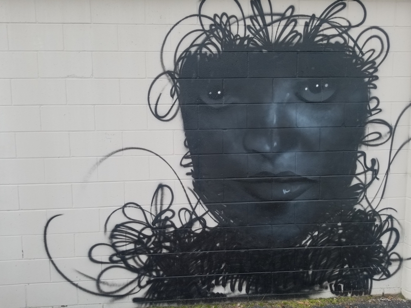 Artisan Alley, 'Woman in Fog' (2020), 222 W. 2nd St., artist — Prince Parise   Courtesy photo